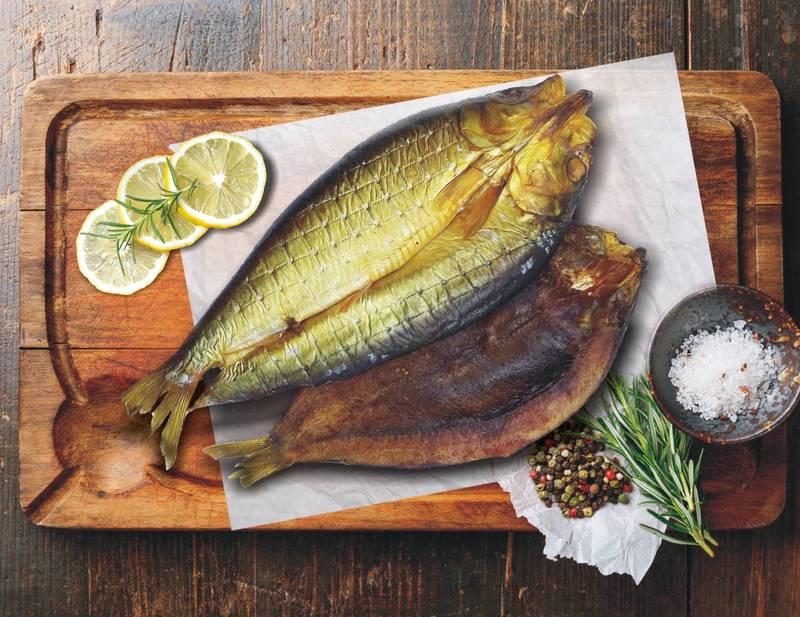 До чого сниться копчена риба: тлумачення за різними сонникам жінкам і чоловікам